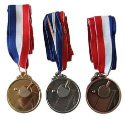 Медали (настольный теннис)